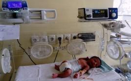 Помогни Неонатологично отделение в МБАЛ гр. Шумен да получи пациентен монитор , за лечението на новородени деца в тежко състояние.